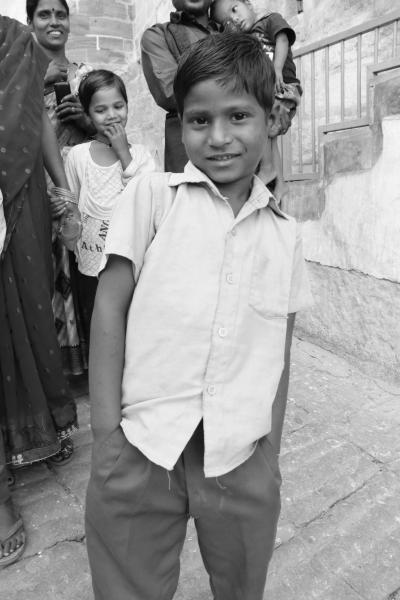 表情豊かな人々と出会い行き交う インド旅(*^▽^*) (3)one pieceのアラバスタ城のモデルとなった、ジョードプルのメヘラーンガル砦(^^♪
