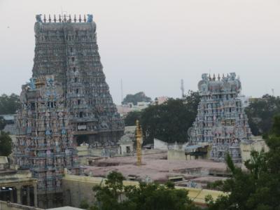 インド 「行った所・見た所」 マドゥライのティルマライナーカヤ宮殿・ミーナクシーアンマン寺院の観光