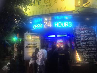 マニラ   ........    新   LA  Cafe      物語      ...............    2019