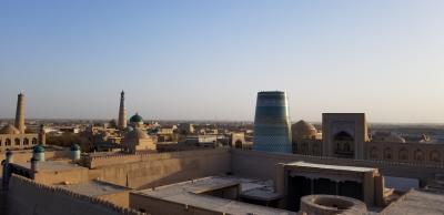 遠くて近いウズベキスタン「匕ヴァ」
