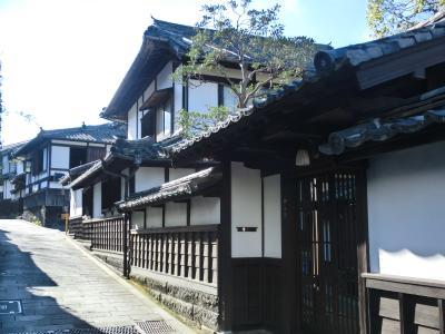 同窓会の前に北九州巡り(1)臼杵は摩崖仏だけでなく江戸時代の町割りが今なお残る城下町