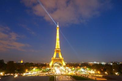 パリ 母娘旅 その7  凱旋門とシャンパン・フラッシュ