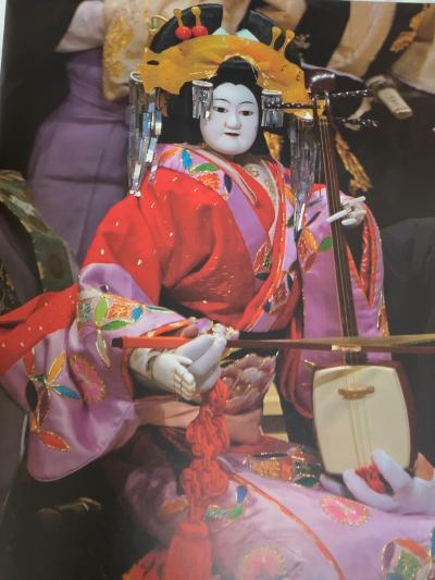 国立劇場(小劇場)に鶊山姫捨松(ひばりやまひめすてのまつ)と壇浦兜軍記(だんのうらかぶとぐんき)を観に行ってきました。