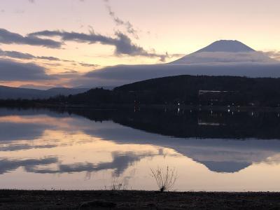 山中湖からの富士山とエクシブ山中湖