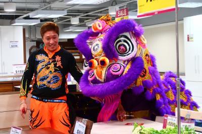 旧正月香港★恭喜發財!買い物に行ったら獅子にばったり ~悦來坊~