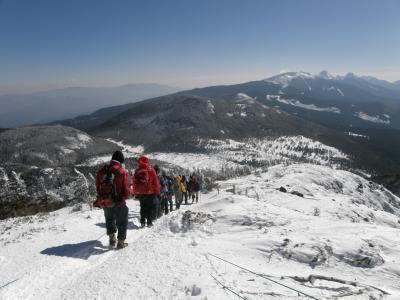 久しぶりの雪の北横岳に登る