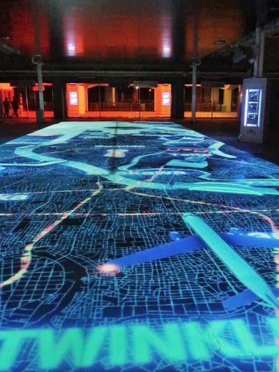 東京 MEGA イルミ-8  都心きらめきMAP・昭和ただいま横丁 ☆昭和の街灯り//最先端の投影も