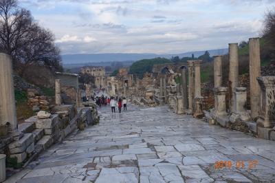 ローマ帝国とシシ・ケバブを求めてトルコへ GO !! (4日目)
