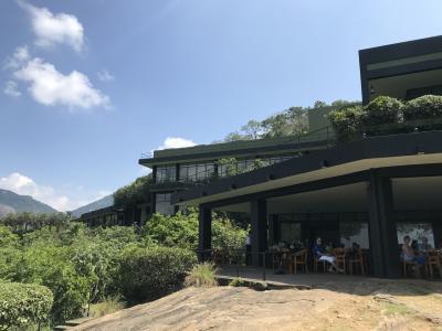 【現地速報】モルディブ・スリランカ遠征 その9 初上陸スリランカ Heritance Kandalama Hotel でランチ!