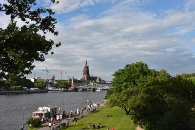 2016年 ドイツの旅(9)フランクフルト マイン川岸からの眺望が美しい街