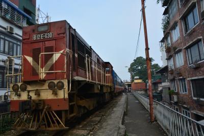 ハノイから列車で行くハロン湾・ベトナム北部マイナー路線の旅