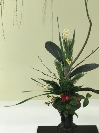 伝統的な生け花、立花を楽しむ!横浜そごうで池坊華道展: 神奈川連合支部花展