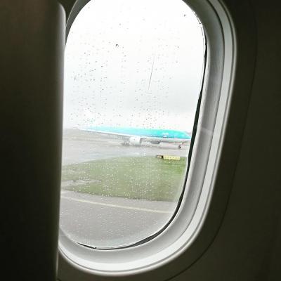 ダブリンからの帰国便 - KLMビジネスクラス搭乗記