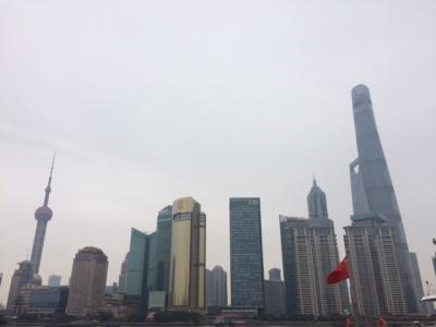 上海格安ツアー 上海ガニのコース料理付き?