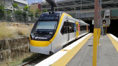 2019FEB  不運にとりつかれた旅 ケアンズ-ブリスベン 列車の旅(挫折=不可抗力)
