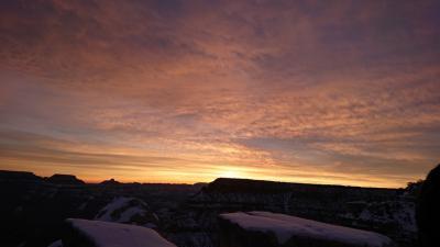 グランドキャニオンの朝日と夕日