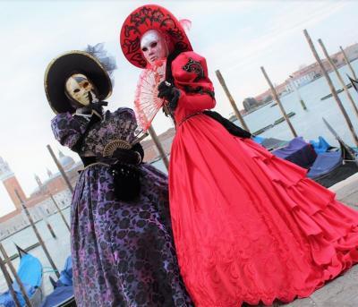初参加!自前仮装でベネチアカーニバル * イタリア旅行①