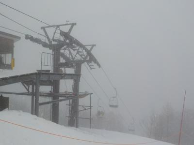 恒例の斑尾でスキー その2 吹雪のタングラム斑尾スキー場でスキーを堪能。