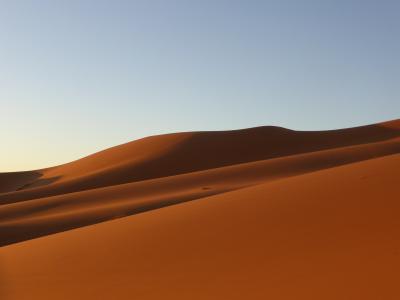 ツアー参加でモロッコを周遊4 サハラの朝日、トドラ渓谷
