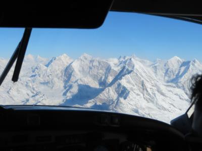 カトマンドゥでエベレスト遊覧飛行