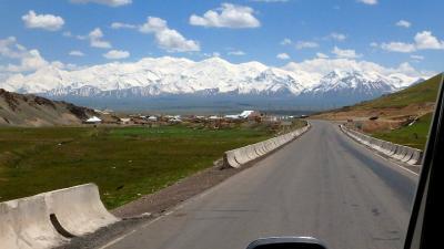 キルギス・アドベンチャー(1)あこがれのパミール高原(レーニン峰ベースキャンプ)