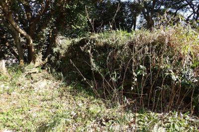 祇園山見晴台には石垣が積まれている