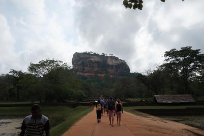 スリランカ旅行②シギリヤロック/ピドゥランガラロック