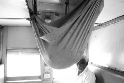 表情豊かな人々と出会い行き交う インド旅(*^▽^*) (6)素敵なサリー姿を見かけるジョードプル