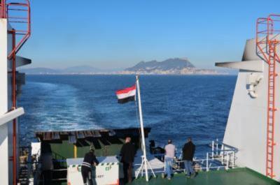 魅惑の迷宮 モロッコ12日間 ⑤海峡越えカサブランカへ