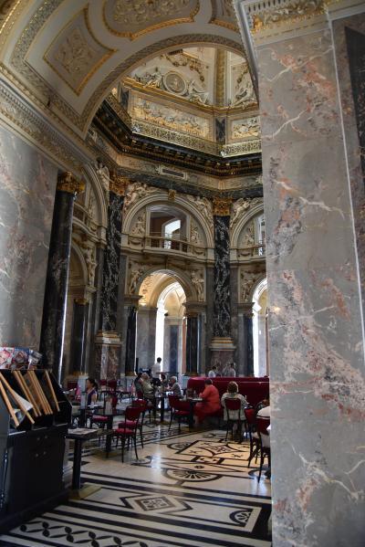 2015年 オ-ストリアの旅(4) ウィ-ン市内観光  「世界で最も美しいカフェ」のある美術史美術館