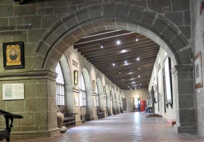 カーサ マニラ博物館とサン アウグスティン博物館を見学