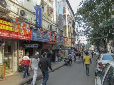 コルカタ (1) サダルストリートで宿探し