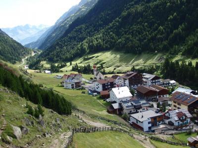 オーストリア・セルデン&ドイツ・ニュルンベルクとミュンヘンの旅【5】 (作成中)フェント村からチェアリフトで山上へ