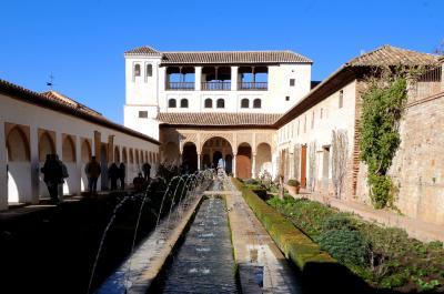 スペインラマンチャ・コスタデルソル旅行27-貴婦人の塔,城壁に沿って,ヘネラリフェヘ