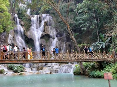 のんびり ルアンパバーン 3. 現地ツアー( 象乗り、水遊びとクアンシーの滝)