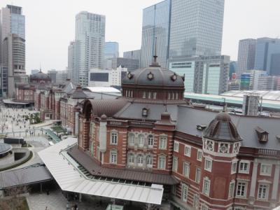 東京駅舎がよくみえるKITTEガーデン。丸ビル5Fテラスへ。日本橋桜フェスティバルを楽しんできました。
