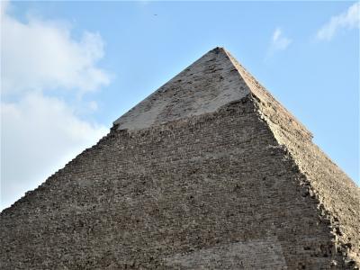 古代エジプト人に畏怖の念=神秘のエジプト・ナイル川クルーズ10日間 22(ギザのピラミッド)