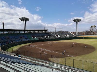 【球春到来2019】社会人野球を見るために保土ヶ谷球場へ!横浜中央クラブVS東芝 風が強くて寒かったよ!