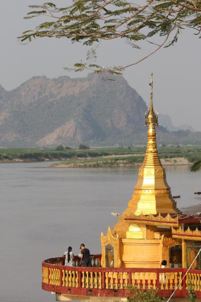 ミャンマー・パアン まったり癒し旅