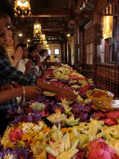 2018年 9月 スリランカ・キャンディ 仏歯寺&紅茶博物館&ホワイトブッダを巡る2日間