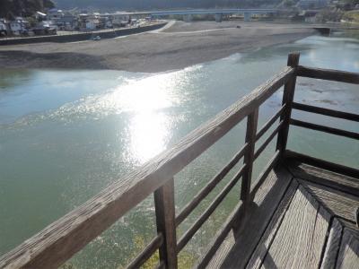 阪急ツアーで行く四国の旅3 臥龍山荘のつづきと四万十川遊覧