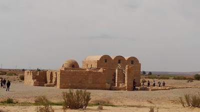砂漠の遺跡と死海、ヨルダン紀行:その6 砂漠の城、ヨルダン博物館、円形劇場、そして帰国