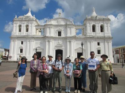 大西洋~~太平洋へ 中米5か国を巡るパナマ運河クルーズ (8)世界遺産レオン大聖堂