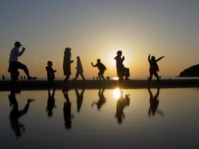 父母ヶ浜海岸の絶景の水鏡と四国路の旅 3-1 丸亀城・善通寺・銭形砂絵・父母ヶ浜海岸編