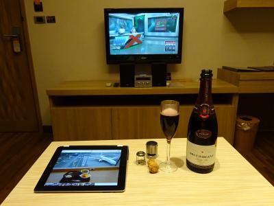 シャンパンを楽しむ旅,JGC修行,18回目のバンコク,JAL便(E),Vレジデンス,2泊4日(その1)