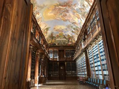 プラハ (3)世界一美しい図書館 ストラホフ修道院