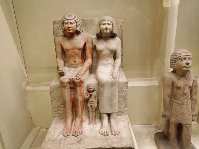 古代エジプト人に畏怖の念=神秘のエジプト・ナイル川クルーズ10日間 番外編(エジプト考古学博物館 仲良し夫婦のコレクション)