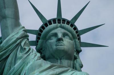 """1700万人の移民が見た""""自由の女神""""に逢いに行く:2019ニューヨーク1"""