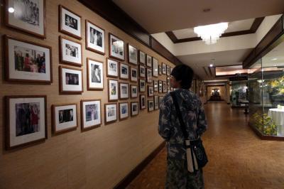 長男と行くハワイ3泊 車チャーター観光 カハラ・ホテル カハラ・ブティックのマカダミアナッツチョコ