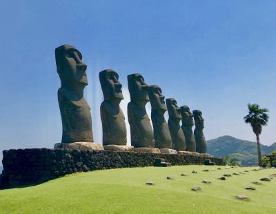 日本で見られるモアイ像と鵜戸神宮、飫肥城跡めぐり